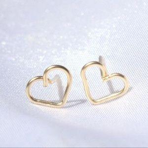 Jewelry - Handmade Tiny Heart Earrings